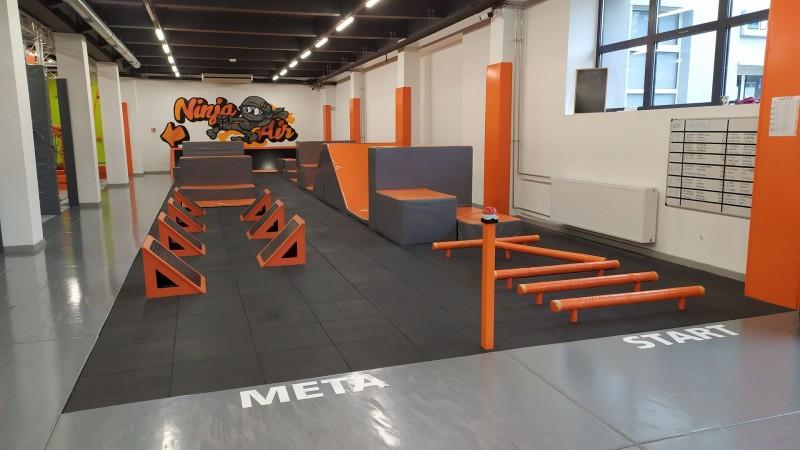 ninja-park-jumpownia-w-bielsku-bialej-plyty-proflex-sbr-100m2-1