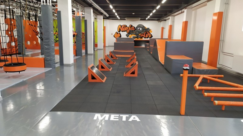 ninja-park-jumpownia-w-bielsku-bialej-plyty-proflex-sbr-100m2-3