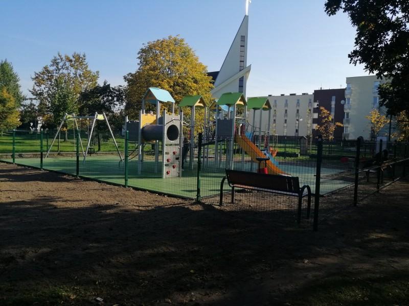 Plac-Zabaw-Kolobrzeg-130m2-Proflex-EPDM-2