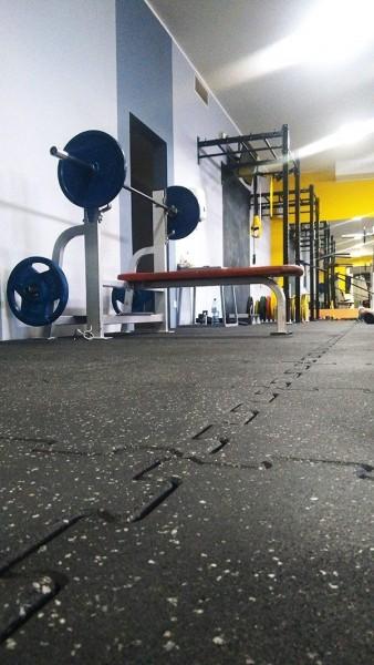 klub-sportowy-centrum-w-bydgoszczy-350-m2-plyt-sportflex-1